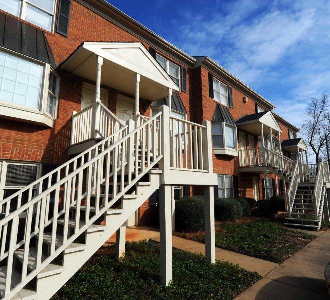 Parker and Associates - Dearing Courtyard - 550 Dearing St, Athens GA 30605